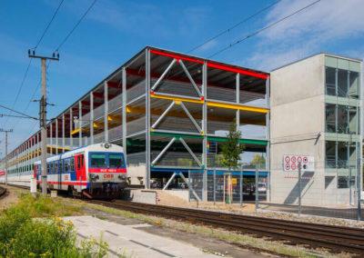 Bahnhofs-Parkdeck in Wels (Österreich)
