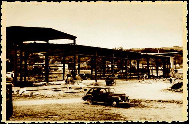 1962 - Aufbau der ersten Produktionsstätte auf 700 m²