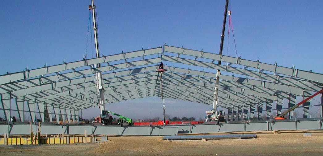 Große Spannweiten sind die Spezialität der Astron-Stahlkonstruktionen.